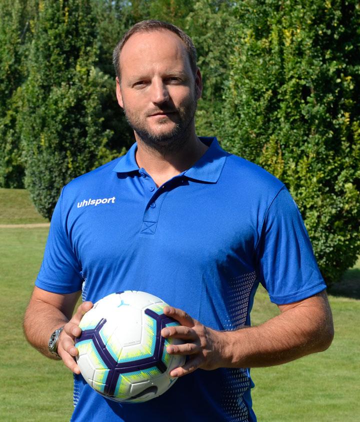Norman_Becker_Torwarttrainer_Profilfoto